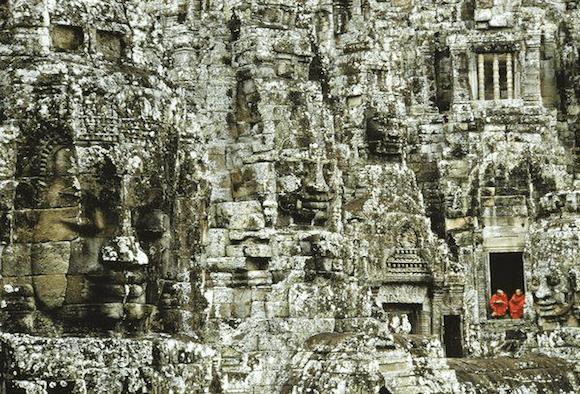 Храм Байон. Сколько лиц вы можете разглядеть на этом фото?