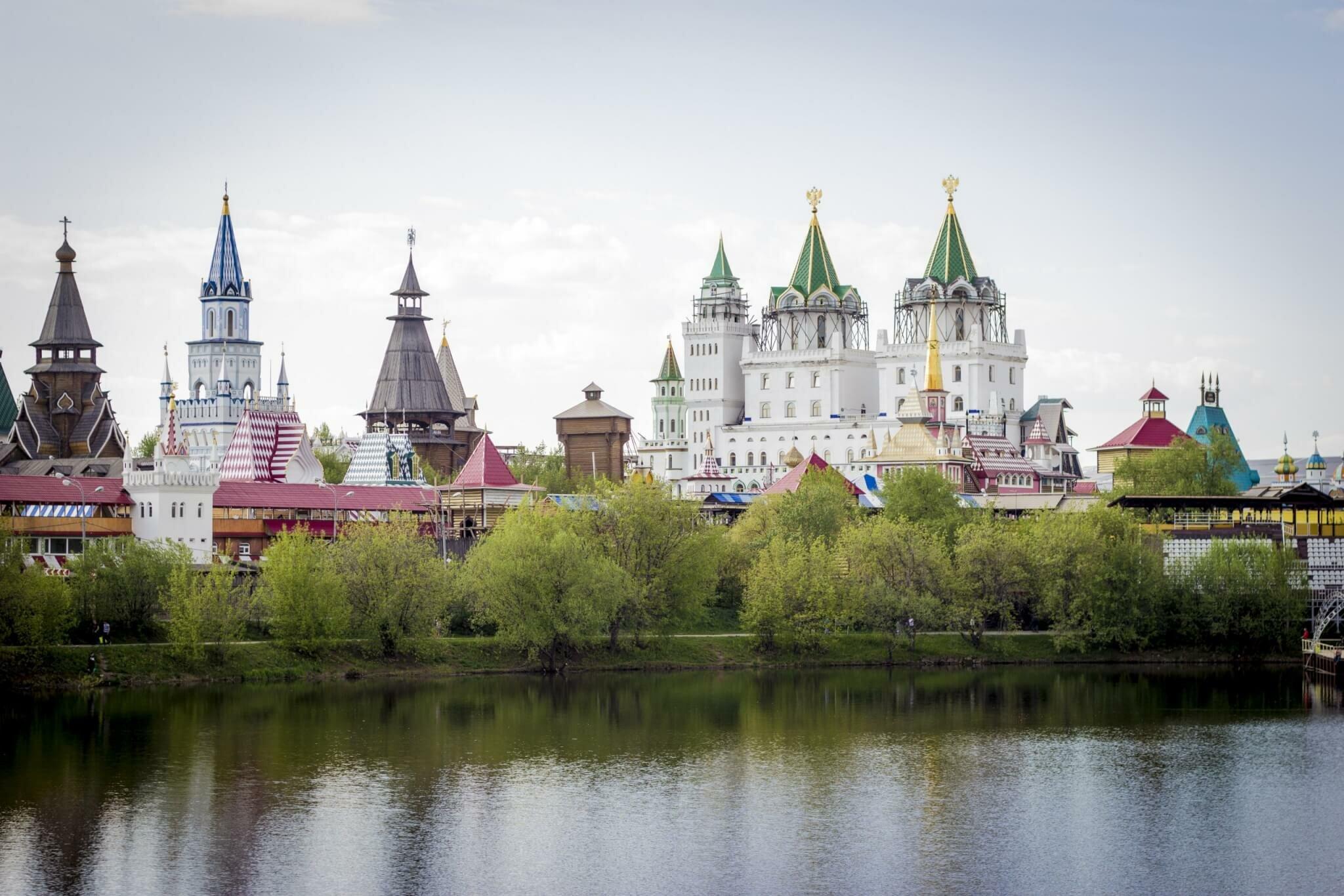 Красочный Измайловский Кремль