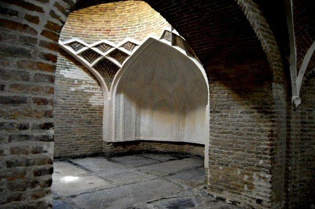 Мехраб-место для моления