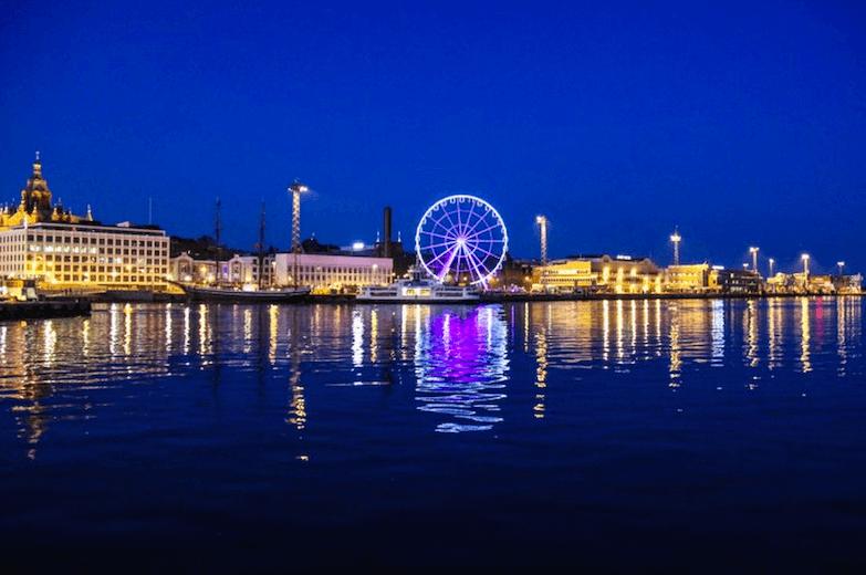 Новая достопримечательность Хельсинки Finnair Sky Wheel
